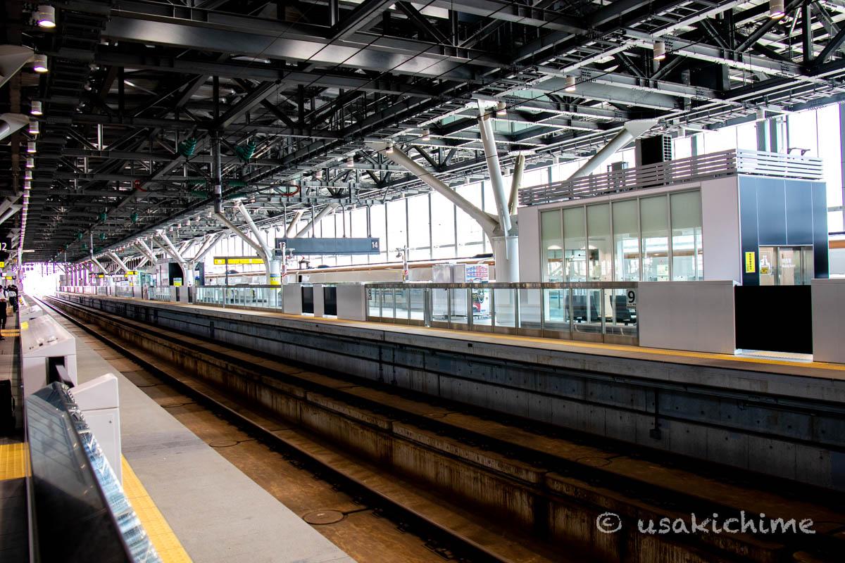 北陸新幹線 富山駅ホーム