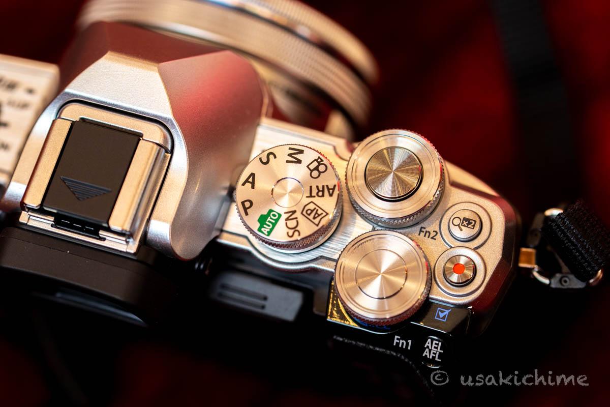 【ミラーレスカメラ】OLYMPUS E-M10 Mark III